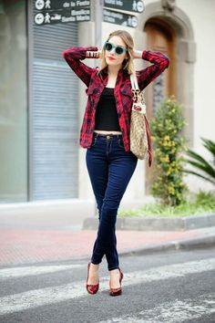 Plaid shirt, Navy top (for me), Jeans, Red shoes - Casual Outfit Outfits 2016, Jean Outfits, Casual Outfits, Winter Outfits, Casual Chic, Moda Casual, Outfit Jeans, Outfits Primavera, Look Fashion