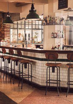 Sæmundur Gastro Pub | KEX Hostel