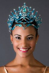 This wonderful tiara is entirely made using blue crystals and silver pearls. It is suitable for any role requiring an impressive head piece, especially for the role of the Snow Queen. It features prac