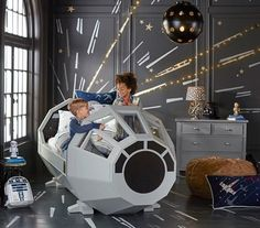 Pottery Barn Sells Millennium Falcon 'Star Wars' Bed. This is the most awesome thing I've ever seen.