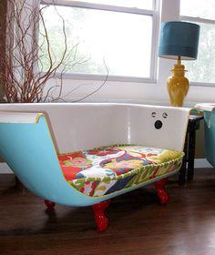 20 Unusual Furniture Hacks | Bathtub turned into a sofa.