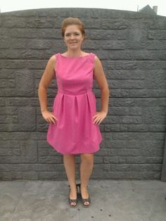 June dress in roze gabardine.
