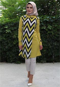 Karis Zikzak Desen Tunik-Yağ Yeşili/Yağ Yeşili Yakalı-3002 Muslim Fashion, Modest Fashion, Hijab Fashion, Batik Fashion, Zig Zag Pattern, Long Blouse, Hijab Outfit, Western Wear, Kaftan
