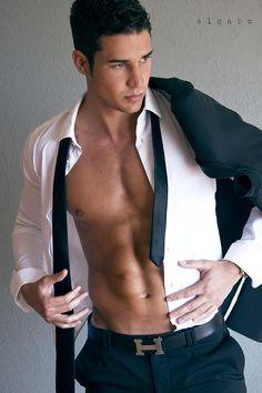 Model: Sebastian Hernandez | Photographer: Algabo