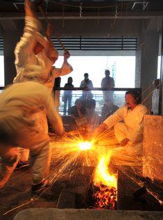 古式日本刀鍛錬一般公開 関市観光協会