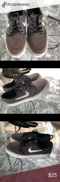 383836c9ce3 Nike SB Stefan Janoski Big Kid shoes Nike SB Stefan Janoski Big Kid Size 5  Gently
