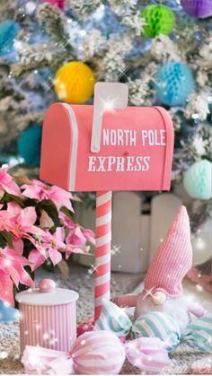 Christmas Room, Father Christmas, Modern Christmas, Pink Christmas, Christmas Crafts, Christmas Decorations, Holiday Decor, Santa Crafts, Diy Crafts