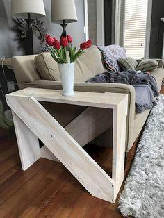 60 Creative DIY Projects Furniture Living Room Table Design Ideas 21 – Home Design Diy Living Room Furniture, Pallet Furniture, Furniture Plans, Furniture Makeover, Furniture Design, Rustic Furniture, Antique Furniture, Furniture Movers, Outdoor Furniture