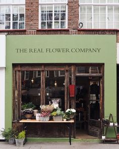 It's question time this evening. what is your all time favourite movie? Cafe Interior, Shop Interior Design, Store Design, Interior And Exterior, Flower Cafe, Flower Shops, Flower Shop Interiors, Store Signage, Shop Facade
