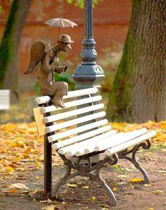 Szentpétervár St. Petersburg's Angel statue by Roman Shustrov, Izmailov Park