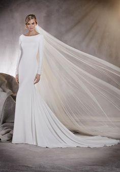 PRONOVIAS ALANA Wedding Dress - The Knot