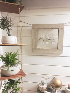 #diy #wohnzimmer #diy #wohnzimmer #ideen #vintage #shabbychic #upcycle #upcycling #wood #handgemacht #selfmade #dekoration #homedecor #holz #selbermachen #hochzeit #decoração #homeinteriordesign #doityourself #küche #haus #wohnideen #homemade #design #art #artwork #kunst #interiordesign #basteln #esszimmer #ideen #vintage #shabbychic #upcycle #upcycling #wood #handgemacht #selfmade #dekoration Home Interior Design, Upcycle, Shabby Chic, Wreaths, Homemade, Wood, Frame, Design Art, Artwork