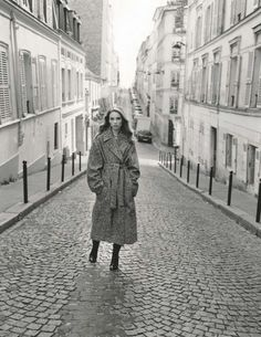 Zoe Ghertner shoots Rebecca Leigh Longendyke for Vogue UK September Styled by Jane How. Makeup by Karim Rahman. Vogue Uk, Vogue Paris, Art Partner, Peter Lindbergh, Prop Styling, Dita Von, California Style, Fashion Night, Women's Fashion