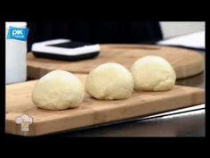 Χρυσές Συνταγές - 22/01/2018 - YouTube Butcher Block Cutting Board, Bread, Cookies, Chicken, Youtube, Recipes, Food, Kitchens, Crack Crackers