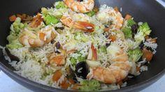 Le régime alimentaire de riz a été créé en 1939 par le dr Walter Kempner …Son objectif à l'époque était de réduire la pression sanguine, réguler le taux du sucre sanguin et d'améliorer la situation des personnes dont les reins sont malades. Lorsque ce régime a commencé à montrer des effets et de réduire le […] Mineral Nutrition, Healthy Habits, Cobb Salad, Potato Salad, Clean Eating, Rice, Cooking, Ethnic Recipes, Food