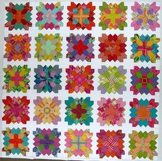 25 Patchwork Of The Crosses blocks