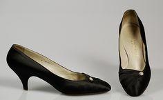 René Mancini silk evening pumps | 1965 | #vintage #1965 #fashion
