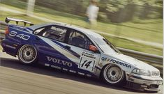 The 5 cylinder Volvo S40 dominated the 1998 BTCC Championship at the hands of Morbidelli and Rydell.