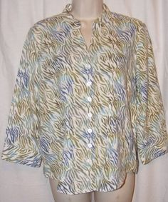 $10.99   Christopher & Banks Green White Linen/Rayon Blend 3/4 Sleeve Top M