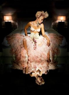 Celebrity hair stylist Marcia Hamilton has been the styling force behind an array of P!nk's magazine covers and spreads including this gorgeous photoshoot producing these two rare images of the pop rock singer-songwriter. Marcia offers the scoop on how she achieves the hair in each.
