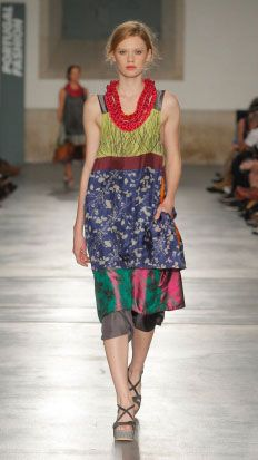 TM COLLECTION : COLLECTIONS : ROOTS [love this...dress layers with the cropped pants