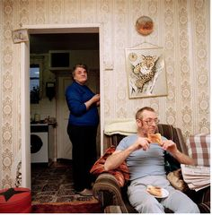 Good morning -------------------- G.B. ENGLAND. Chew Stoke. In living room at home.  1992© Martin Parr/Magnum Photos
