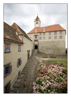 De more than 850 yrs old Riegersburg Castle on de rock of a volcanic mountain in Riegersburg, Styria_ Austria