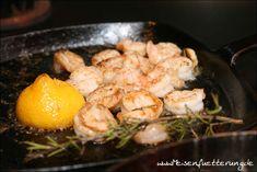 Sauce all' arrabiata – Meisenfütterung All Arrabiata, Zucchini, Spaghetti, Pepperoni, Shrimp, Meat, Food, Just Amazing, Italian Kitchens
