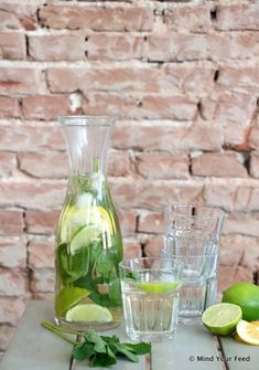 Fun Cocktails, Summer Drinks, Iced Tea Lemonade, Infused Water Recipes, Fruit Water, Homemade Ice, Healthy Drinks, Food Inspiration, Smoothies