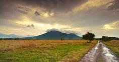 scenery in Indonesia Kota Kinabalu, Padang, Antara, Scenery, Country Roads, Tours, Mountains, Travel, Art