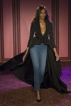See the complete Brandon Maxwell Spring 2018 Ready-to-Wear collection.