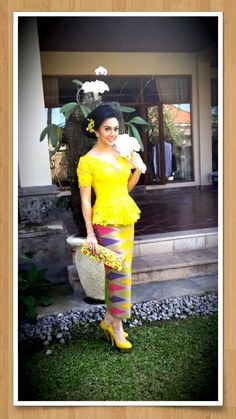 Adorable Kebaya Bali with Rangrang skirt. Love it!!