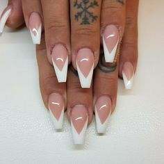 What you need to know about acrylic nails - My Nails Mauve Nails, Aycrlic Nails, Dope Nails, Neutral Nails, White Tip Acrylic Nails, Faux Ongles Gel, Coffin Nails Long, White Coffin Nails, White Nails