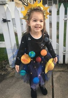 Exciting and Scary 30 DIY Halloween Kids Costume Pretty Halloween Costumes, Original Halloween Costumes, Halloween Kids, Halloween Makeup, Halloween Couples, Halloween Recipe, Halloween Desserts, Creepy Halloween, Halloween Games