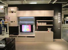 Album - 2 - IKEA réalisations en magasins autour de la télé, gamme Besta, Billy, Kallax (Expedit), Hemnes... Kallax, Home Depot, Hemnes, Ikea Showroom, Ikea Tv Unit, Tv Wall Design, Decoration, Album, Playroom