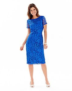 Ticking 2 trend boxes, lace and blue! This Joanna Hope Short Sleeved Lace Dress is perfect for Mother of the Bride