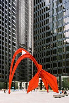 Federal Center, 1959-1973, Mies van der Rohe. Flamingo, 1973-74 Alexander Calder. Chicago.