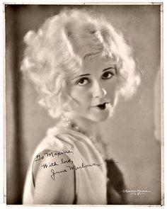 Net Photo: June Marlowe: Image ID: . Pic of June Marlowe - Latest June Marlowe Image. Vintage Photographs, Vintage Photos, Style Année 20, 1920s Style, 1920s Makeup, Estilo Pin Up, Louise Brooks, 1920s Flapper, Foto Art
