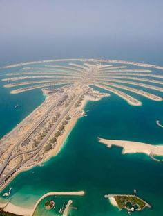 Palm Islands - Dubai, would be so amazing to have one of the homes there!   https://www.hotelscombined.com/Place/Dubai.htm?a_aid=108870&brandid=298602
