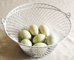 Wire Style Egg Collection Basket - Legend's Creek Farm - Colors May Vary, http://www.amazon.com/dp/B0095WOIP2/ref=cm_sw_r_pi_awdm_jQs9tb1ZT5GN2