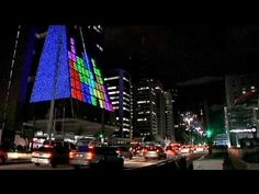 World's largest interactive arcade in Sao Paolo. Cultural centre has been transformed into a sqm screen where users can play pac-man, tetris and space invaders using iPads Retro Videos, Retro Video Games, Video Game Art, Play Tetris, Sp City, Sao Paulo Brazil, Digital Revolution, Retro Arcade, Space Invaders
