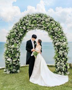 Couple Aesthetic, Korean Couple, Ulzzang Couple, Skinny Girls, Sweet Couple, Married Life, Korean Women, Yoona, Wedding Pictures