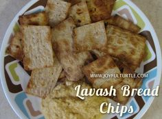 How to make Lavash Bread Chips – Joyful Turtle Wie macht man Lavash Bread Chips – Joyful Turtle Low Carb Desserts, Easy Desserts, Low Carb Recipes, Snack Recipes, Ww Recipes, Dessert Recipes, Skinnytaste Recipes, Bread Recipes, Recipies