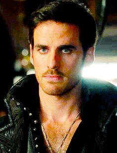 Colin O'Donoghue -Killian Jones - Captain Hook on Once Upon A Time 4x4