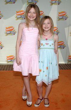 Sisters: Dakota Fanning and Elle Fanning