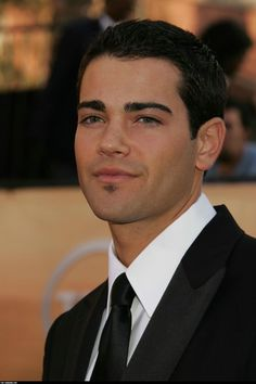 Screen Actors Guild Awards (02/05/05) - sagawards419 - Jesse Metcalfe Photo Gallery