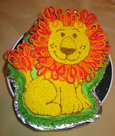 Friendly Little Lion - for son's first birthday and one of the first cakes I'd decorated outside of class