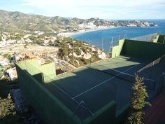 Tennis @ La Herradura with a magnificent view. www.spanish-school-herradura.com