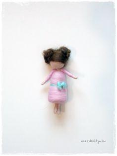 Tinny Girl - needle felted