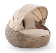 NEWPORT DAY BED WITH CANOPY BAYGALDB442
